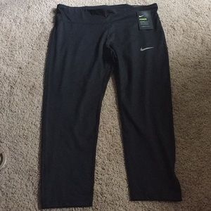 Nike Power Capris Dri-Fit